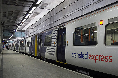 how to get from london to stansted airport by train